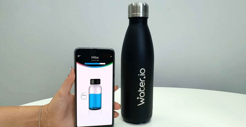 impacx.io smart bottle with mobile app